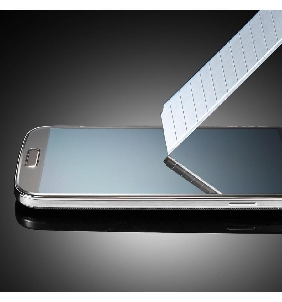 film de protection ultra r sistant en verre tremp pour iphone 4 iphone 4s. Black Bedroom Furniture Sets. Home Design Ideas